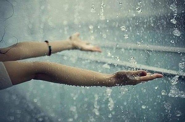 Mơ thấy mưa đánh lô đề con gì? Nằm mơ thấy mưa là điềm báo tốt hay xấu?